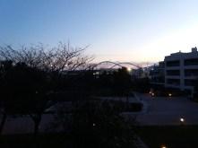 Het Ilida-complex bij valavond, met zicht op het Olympisch stadion